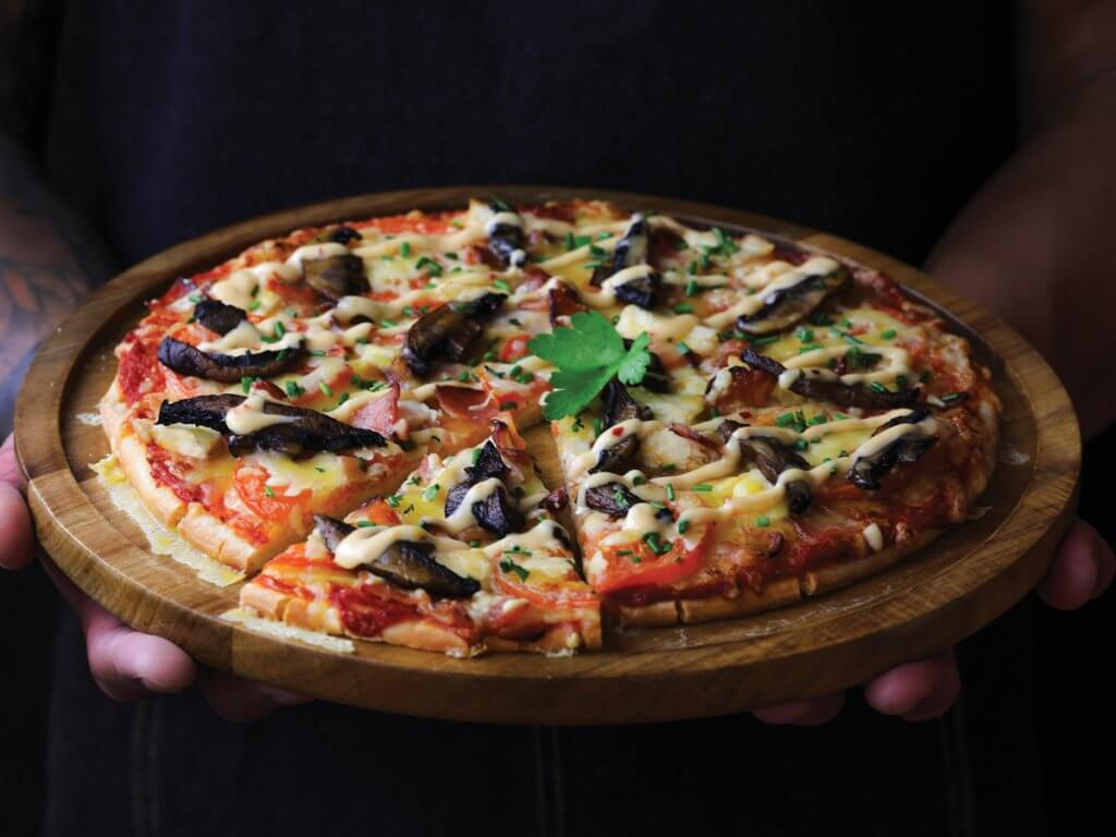 Chicken, Bacon & Mushroom Pizza (Gluten-Free)
